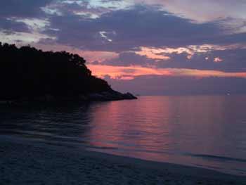 Пляжный поиск с металлоискателем в Турции www.kladoiskatel.ru