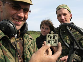 Слет кладоискателей в Нижегородской области состоялся 9 мая 2008 года.
